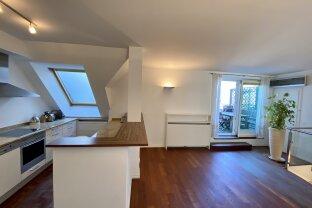 Geräumige 2-Zimmer-Dachgeschoßwohnung mit Terrasse in bester Innenstadtlage