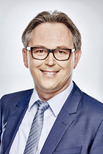 Jörg F. Bitzer MRICS