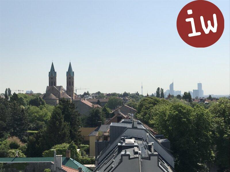 Traumhafte DG Wohnung, repräsentatives Stilhaus, Panoramablick Objekt_392