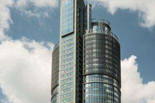Moderne Büros mit Ausblick im MILLENNIUM TOWER