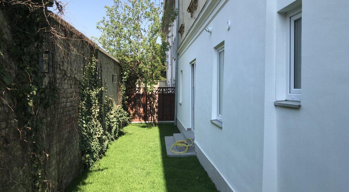 Top-sanierte Altbauwohnung, zentrumsnah, mit romantischem Garten