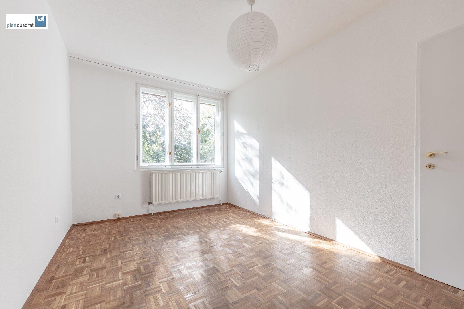 Zimmer 3 (ca. 15,80 m²)