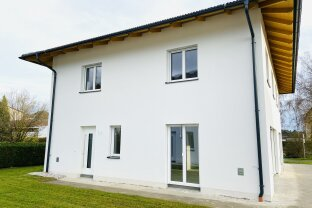 Doppelhaushälfte in Stadl Paura in Massivbauweise!