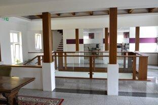 Hochwertige Bürofläche in repräsentativem Vierkanter