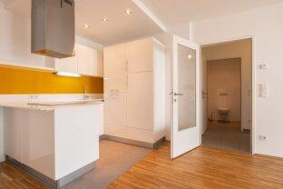 moderne 2-Zimmer-Wohnung mit toller Küche und Balkon! Nähe U3 Kendlerstraße! ab JETZT