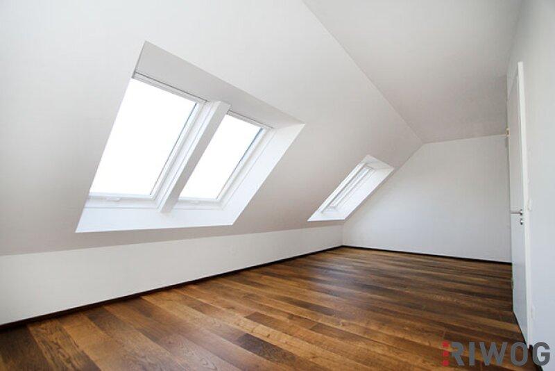 ?Dachgeschoss auf einer Ebene - mitten im 9ten Bezirk? /  / 1090Wien / Bild 2