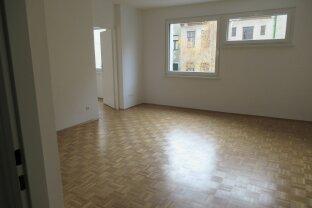 Neu renovierte 2 Zimmermiete / super Zentral und Ruhig !