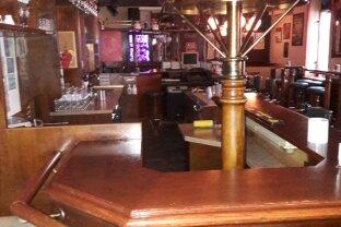 !! Cafe - Pub mit Schanigarten im 1100 Wien!!