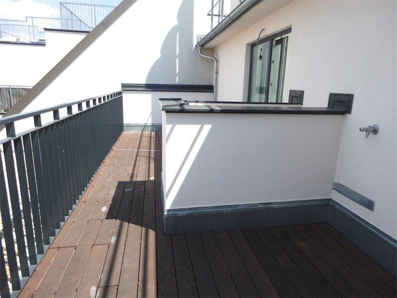 Terrassenhit über den Dächern, Neubau (Ausbau von Altbau) - schlüsselfertig, 19 m2 Terrasse, Nähe U6-Nußdorferstraße! /  / 1180Wien / Bild 1