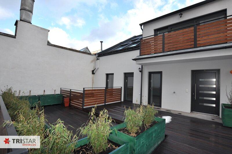 ++NEU++ 3-Zimmer Maisonette-Wohnung ( Hoftrakt) +Balkon+Terrasse im Generalrevitalisierte Altbau-Haus  ++Nähe U-Bahn  (U3)+++