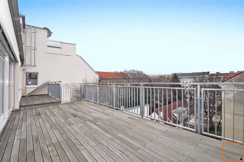 Erstbezug: Dachgeschoss-Maisonette mit großem Balkon und Terrasse beim Kutschkermarkt