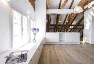 Exklusive Dachgeschoß-Maisonette - Photo 2