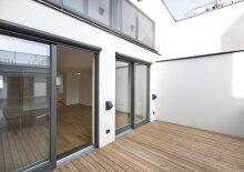 Sonnige Dachgeschoss-Wohnung mit Außenflächen in Mariahilf, Nähe U3