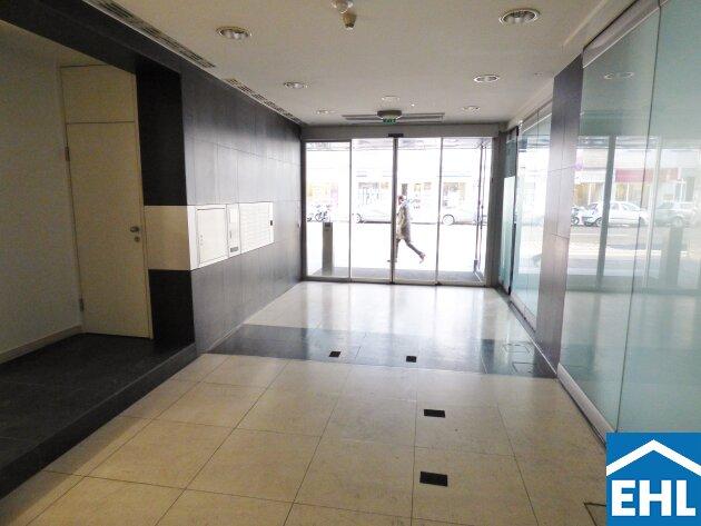 Top ausgestattete Bürofläche in einem markanten Bürogebäude