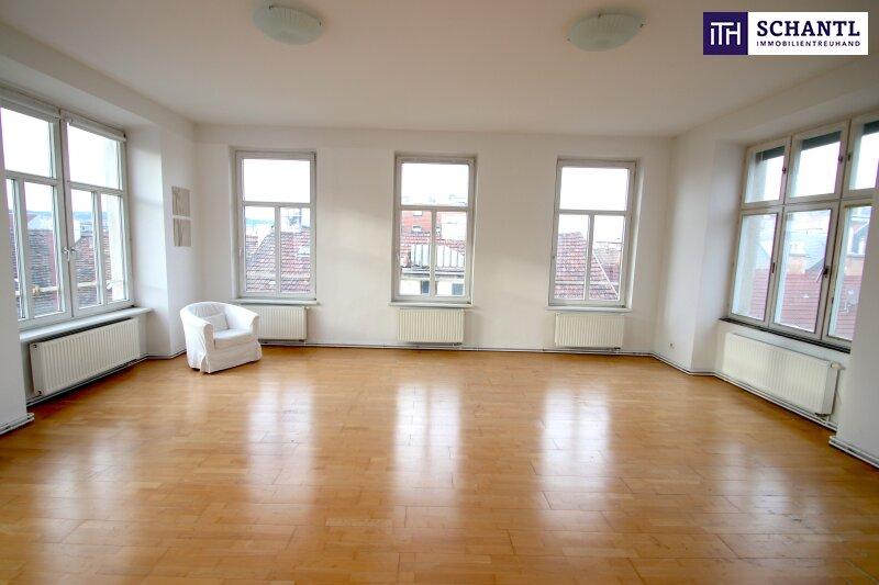 ABSOLUTE RUHE! Super großzügige 4-Zimmer Wohnung mit Lift direkt in Ihre Wohnung.