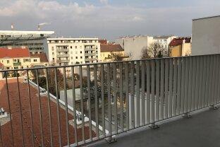 Den Sommer am eigenen, großen Balkon genießen!Wunderschöner Zweitbezug! 3-Zimmer-Wohnung direkt bei U3-Station Enkplatz!