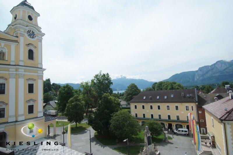 Provisionsfrei - Dachgeschoss-Wohnung im Schlosshotel Mondsee mit zugehörigem Seegrundstück und Stellplatz!