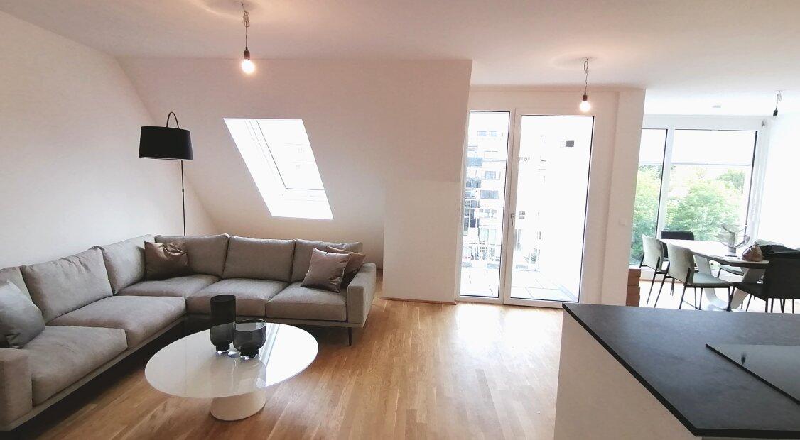 Letzte Wohnung im Haus! Tolle DG-Wohnung mit 4 Terrassen und Weitblick! PROVISIONSFREI!