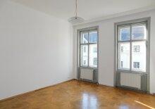 VERMIETET - Klassiker - 3 Zimmer Altbau - Nähe Rathaus - auch WG