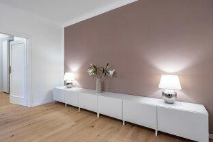 Generalsanierte 2 Zimmer Wohnung mit separater Küche und exklusiver Ausstattung