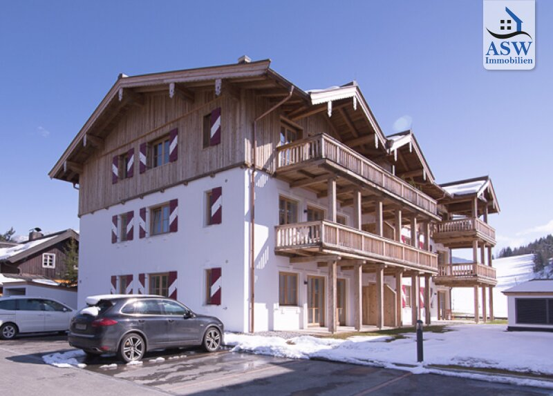 Zentrale 3-Zimmer Neubauwohnung mit Loggia