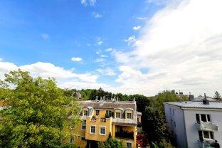 Entzückende DG-Wohnung in absoluter Ruhelage *360 ° RUNDGANG*