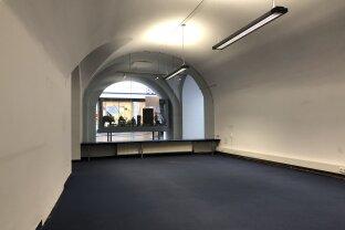 Geschäft oder Büro in zentraler Bestlage in Gmunden zu mieten