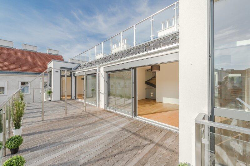 ++RARITÄT** Außergewöhnliche DG-MAISONETTE in TOP-CityLAGE! Altbaucharme + moderne Dachgeschosswohnung! Ruhelage! /  / 1020Wien / Bild 12