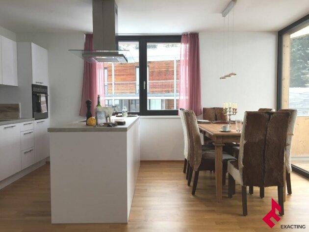 neuwertige 3-Zi.-Wohnung mit überdachterTerrasse
