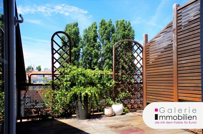 Zauberhafte DG-Wohnung mit großer Terrasse und Fernblick in Stilaltbau Objekt_32536