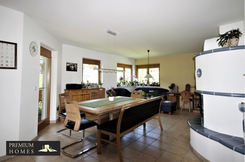 Ellmau - Eigentumswohnung - Blick in den offenen Wohnraum