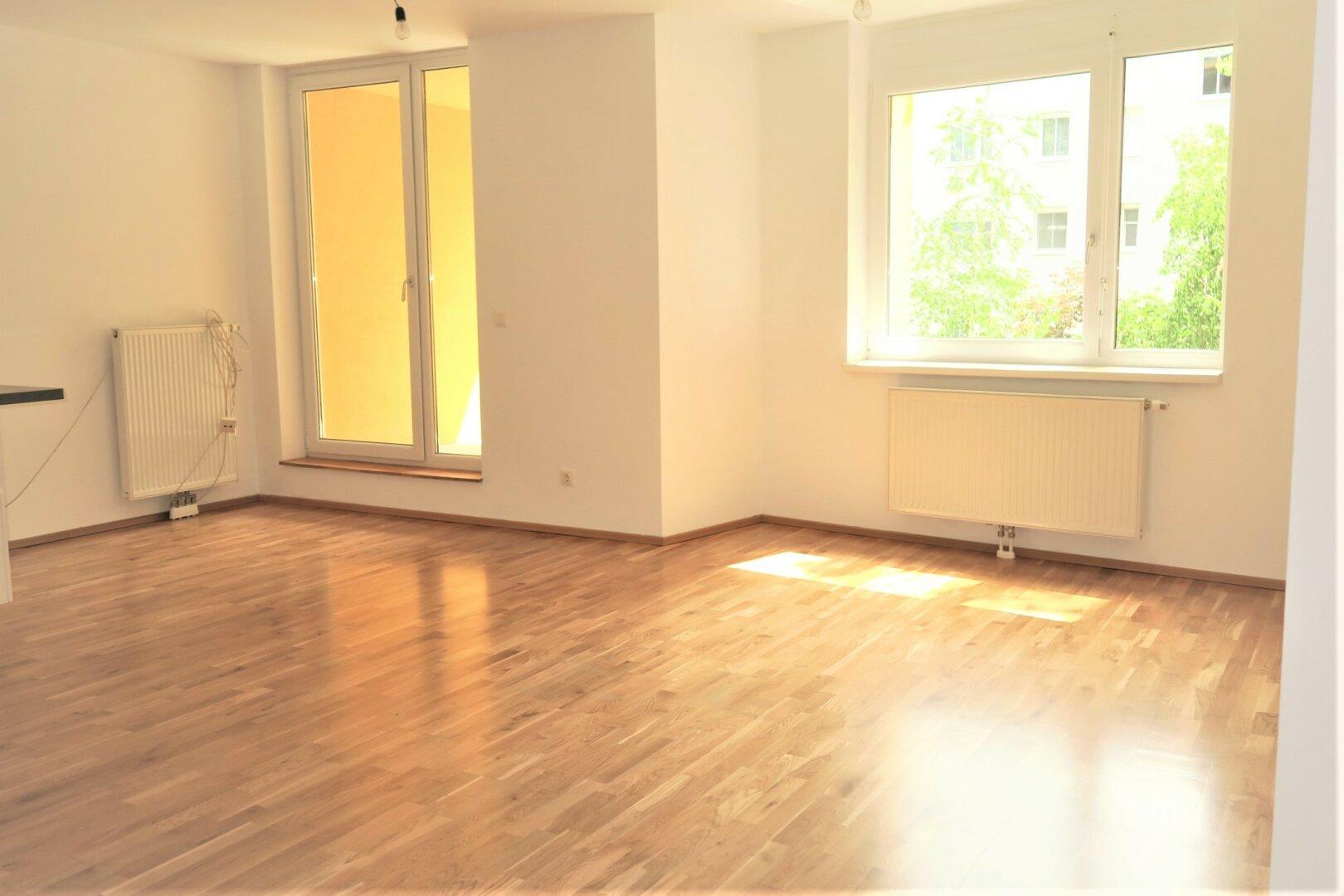Wohnraum mit Loggiazugang
