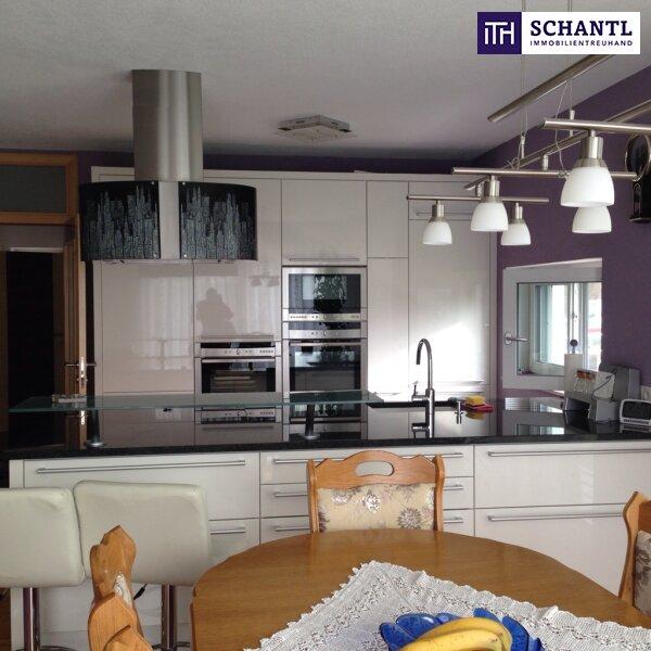 Schnell zugreifen: TRAUM-Garten-Wohnung + Designer-Küche + 2 Sonnen-Terrassen  + eigener Garten in idealer Lage!
