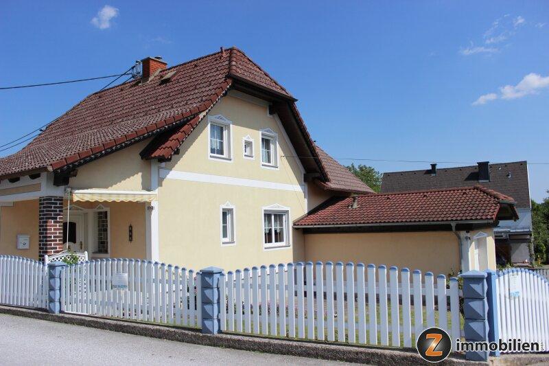 Sofort bezugsfertiges Haus mit parkähnlichem Garten!