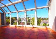 3 Zimmer Dachgeschosswohnung mit großem Wintergarten