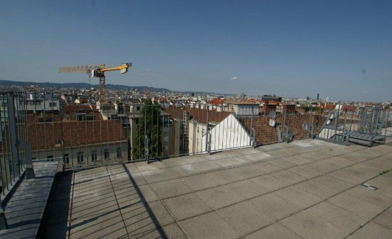 wunderschöne Neubauwohnung mit 80m2 Dachterassee /  / 1050Wien / Bild 1