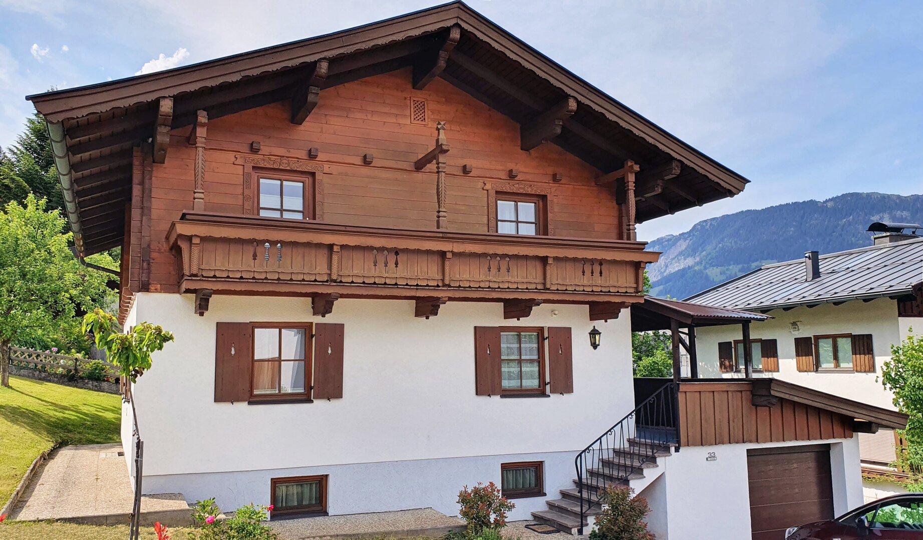 Ansicht mit Hauszugang, Einfamilienhaus Fieberbrunn
