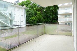 Sehr schöne und helle 3-Zimmer Wohnung mit großer Terrasse in Geidorf