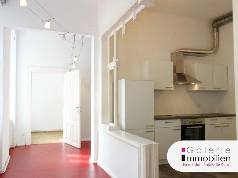 VIDEO: Helle, unbefristete Altbauwohnung mit 4 Zimmern plus Kabinett und Fernblick! Objekt_30837