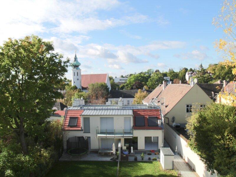 Grinzing - Sonnige Doppelhaushälfte mit Garten in moderner Wohnhausanlage