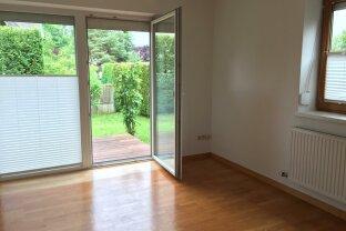 Sonnige 2 Zimmer Wohnung mit Terrasse und Gartenbenützung