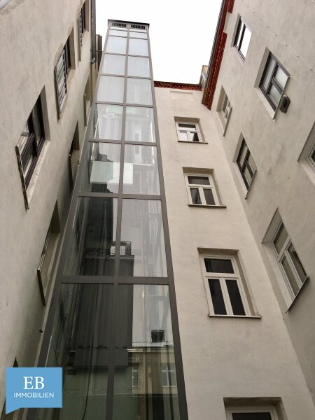 Traumhaftes Altbaufeeling - mit der U1 in 7 min. zum Stephansplatz /  / 1220Wien / Bild 2