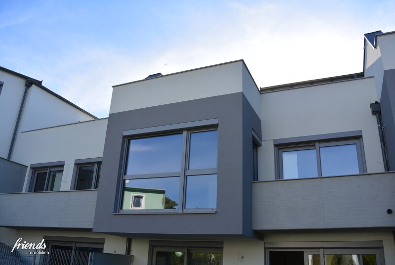 Dachgeschosswohnung mit 54 m2 Terrasse