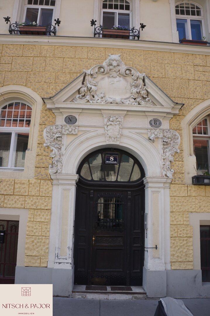 Schönes Eingangsportal
