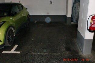 Garage in Neubauanlage