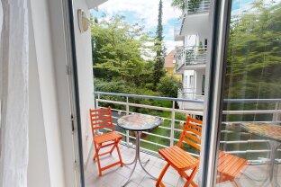 Selbst einziehen oder vermieten! Sehr gepflegte 2 Zi-Wohnung mit Loggia und Tiefgaragenplatz