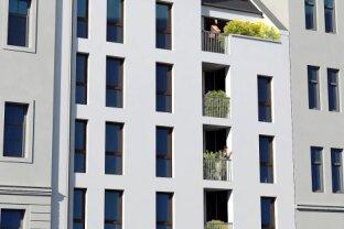 Neubau oder sanierte Altbauwohnungen mit Außenflächen