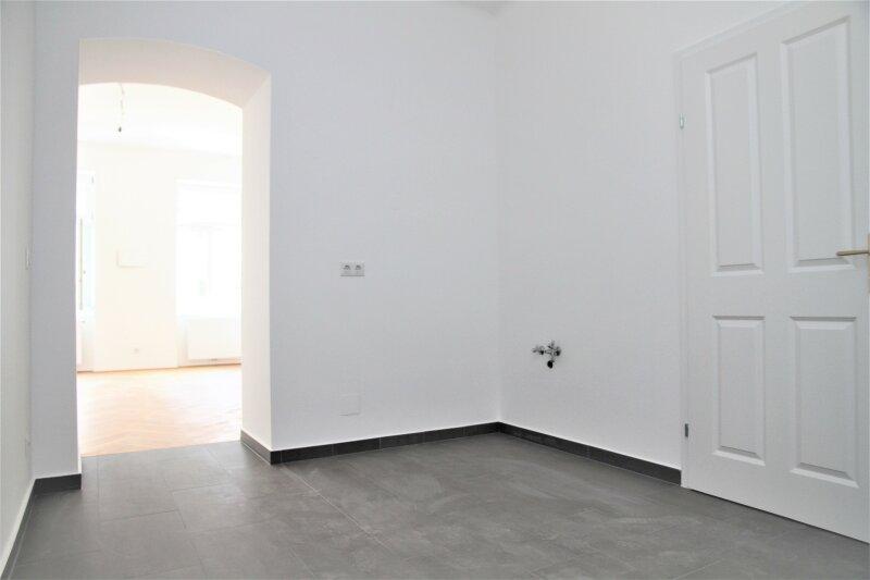KOMPLETT SANIERTE 1-Zimmer-Wohnung direkt bei U6 Dresdner Straße! /  / 1200Wien / Bild 2