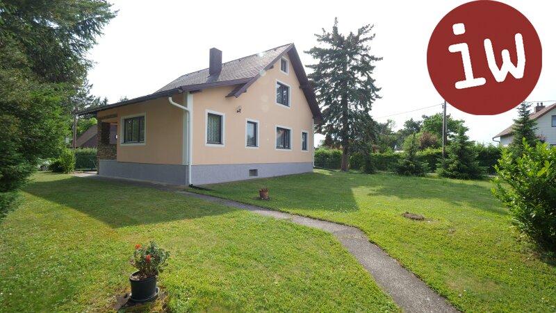 Einfamilienhaus in Grünruhelage mit großzügigem Garten Objekt_529