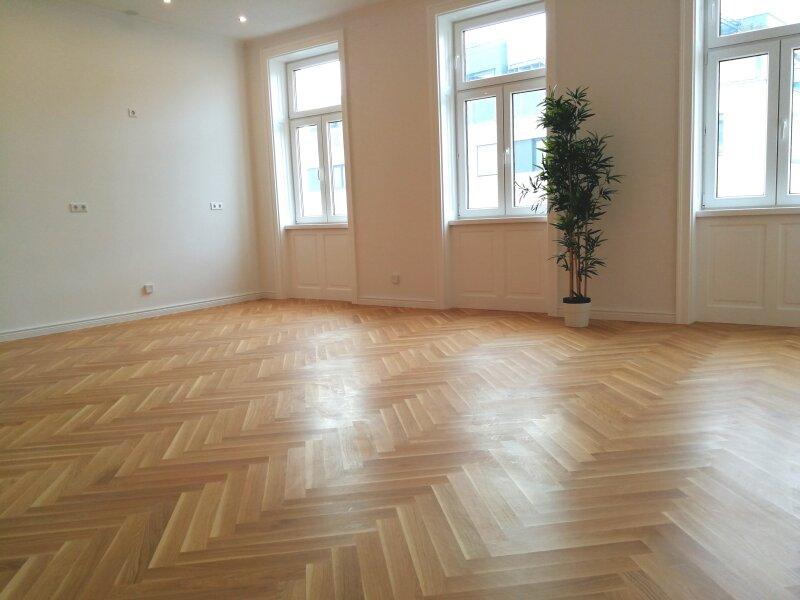 ERSTBEZUG - 4 Zimmer ALTBAU top saniert - 1030 Wien - 3. OG Top 17 ------ U Bahn Nähe - LOGGIA  - Schlafzimmer Hofseitig